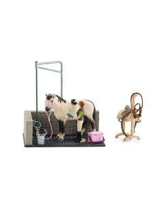 Schleich Spielfigurenset Horse Club Waschplatz mit Pferd und Zubehör